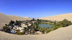 Huacachina - oaza na pustyni Atacama niesamowitą atrakcją Peru