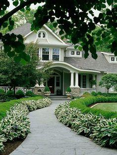 Spacious home garden design ideas