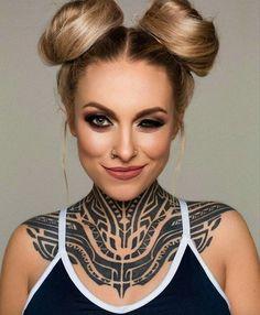 Maori tattoo is a symbol of rank, social status, power, and prestige. Maori Tattoo Ideas - The Ultimate Collection of Ta Moko Tattoo Girls, Sexy Tattoos For Girls, Inked Girls, Girl Tattoos, Tatoos, Tattoos Motive, Head Tattoos, Sleeve Tattoos, Arabic Tattoos