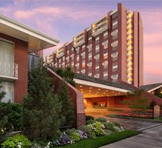 The Little America Hotel Salt Lake City - free parking next to TRAX stop for free transportation to Temple Square