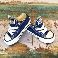 NEW • Roadtrip blue Converse kids Chucks, available in toddler sizes (1-4 years) at Tiny Style in Noosa & online • www.tinystyle.com.au #chucktaylor #allstar #sneakers #kidschucks Toddler Boy Sneakers, Toddler Converse, Toddler Shoes, Blue Converse, Converse Shoes, Cute Babies, Baby Kids, Baby Boy, Baby Shoes Online