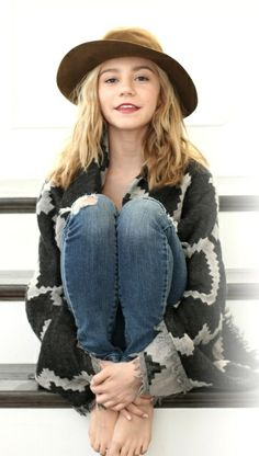 G Hannelius as Liza Lundee