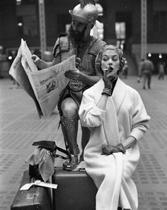 Jean Patchett and Victor Cutrer, Penn Station, New York. New York, 1959. © William Helburn / Staley-Wise Gallery New York