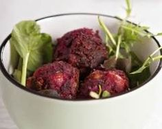 Boulettes de betteraves Vegan Challenge, Salty Cake, Beetroot, Beets, Tapas, Serving Bowls, Vegetarian Recipes, Food And Drink, Favorite Recipes