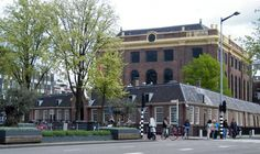 """"""" Portugees-Israëlitische Synagoge"""" Mr. Visserplein Amsterdam Gebouwd tussen 1671 en 1675. Stadsbouwmeester Elias Bouman."""