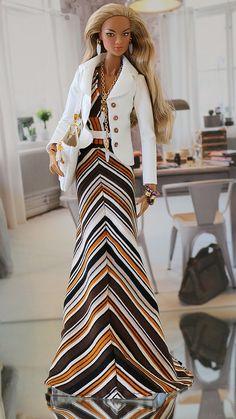 Ayumi Oomph Fashion Royalty Vintage Reveal