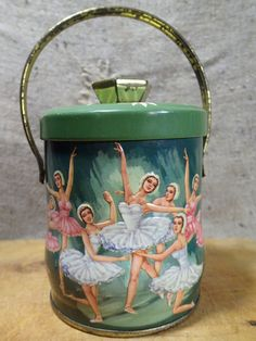 Ballet 1940's antique candy sweet tin box.