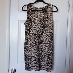 Forever 21 Cheetah print dress a classic fit with an edgy design. Look sexy in this cheetah print dress with pumps are caged heels. no trades or paypal *excluded from sale* Forever 21 Dresses