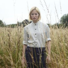 WANT! This collarless top & the Women Dungarees! In all 3 colors ...