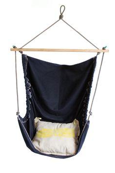 Diy Hammock, Hammock Swing, Hammock Chair, Swinging Chair, Teenage Room Decor, Craft Presents, Bubbles Wallpaper, Garden Seating, How To Make Diy