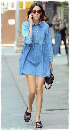 Alexa Chung Daily Street Style Snaphots 01 | Celebrities on Pinterest