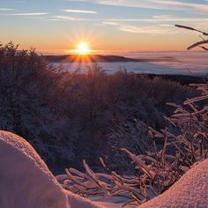 bergsports.de Sonnenaufgang Sunrise....! #bergsports #sonnenaufgang #aussicht #sunrise #wunderschön #sun #dream #skiing #fun #snow #powder #beautiful #natursports #nature #schnee #goodlife #gesund #durchatmen #alpen #berge #tourenski #alps #mountaineering #mountains #hiking #skibergsteigen