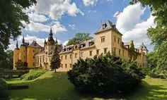 Zamek Kliczków (219 miejsc noclegowych)