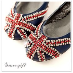 Ooooh, so fun! Perfect for an anglophile fashionista. British Things, England Fashion, Oh My Love, Vintage London, London Life, London Calling, Union Jack, How To Run Longer, London Fashion