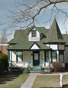 Same house with small dormers, front porch, and a turret. 3rd St, Missoula MT. http://www.zillow.com/homedetails/436-S-3rd-St-W-Missoula-MT-59801/2140323197_zpid/