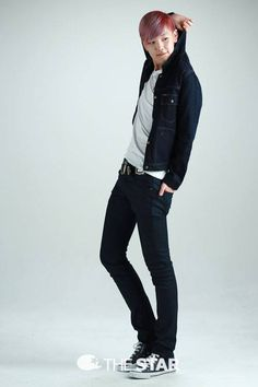B.A.P Zelo (from the Star) - THOSE LEGS!! GOSH HE'S TALL!! * O *