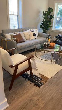 Living Room Setup, Decor Home Living Room, Boho Living Room, Interior Design Living Room, Living Room Furniture, Living Room Designs, Mid Century Modern Living Room, Home Deco, Decoration