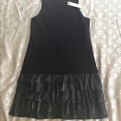 """Beautiful """"Scarlett"""" Theory dress Perfect Christmas gift 🎁 Brand new. Theory Dresses Mini"""