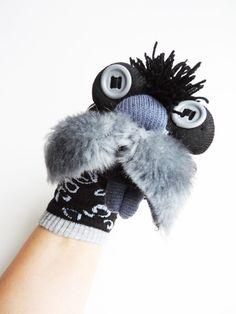 Maňásek -ŠKODLIVINA  V POTRAVINÁCH č.1213 Winter Hats, Slippers, Fashion, Moda, Fashion Styles, Slipper, Fasion, Flip Flops, Sandal