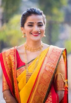 This app includes a collection of best handpicked Indian Bridal Dresses. Marathi Bride, Marathi Wedding, Saree Wedding, Wedding Attire, Marathi Nath, Marathi Saree, Wedding Mandap, Wedding Stage, Wedding Receptions