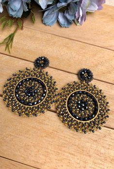 Beaded Earrings, Crochet Earrings, Hoop Earrings, American Diamond Jewellery, Diamond Jewelry, Antique Jewelry, Silver Jewelry, Brick Stitch, Bead Art