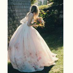 #gelinlik #dress #düğün #gelin #damat #wedding #white #family #duvak #gelinbuketi #nişan #kına #düğünyemeği #dügünpastası #davetiye #dugunmodasi #nikah #davet #instagram #damatlık #flower #home #gelinsaçı #dugunfotografcisi #photography #photographyislifee #konsept #nature #nedime #happy