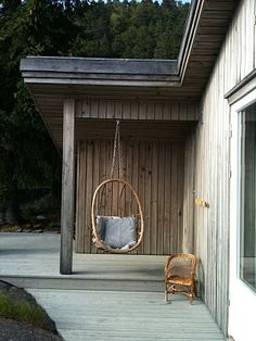 Hanging pod on the deck. Add a glass of wine and a good read, and there's my Sunday afternoon!