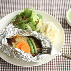 洋食屋さんの包み焼きハンバーグ by SHIORIさん | レシピブログ - 料理ブログのレシピ満載! おまっとさーん!包みハンバーグレシピです♪♪これは絶品!我が家のおもてなしテッパンメニューになりました*是非試してみてね♪♪ *洋食屋さんの包み焼きハンバーグ 2人分* 玉ねぎ・・1/2個 パン粉・・...