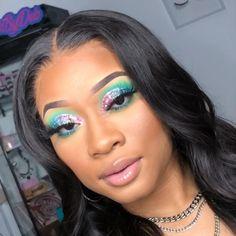 Show love to all social media accounts❤️ Dark Makeup, Skin Makeup, Eyeliner Make-up, Makeup Eye Looks, Pretty Makeup, Pretty Nails, Looks Instagram, Looks Dark, Colorful Makeup