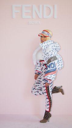 Winnie Harlow x Nicki Minaj attend Fendi - Snob Queens Nicki Minaj Rap, Nicki Minaj Wallpaper, Nicki Minaj Pictures, Winnie Harlow, Black Barbie, Cardi B, Big Fashion, Celebs, Celebrities
