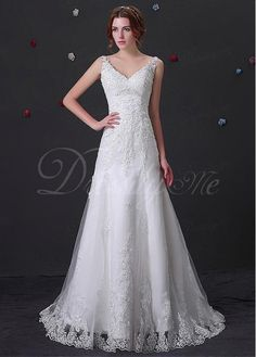 Alluring Tulle V-neck Neckline Mermaid Wedding Dress With Beaded Lace Appliques US 4