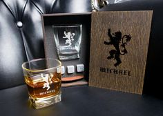 Game of Thrones Personalized whiskey gift set . Coaster and glass and 3 whiskey stones in personalized wood box. Whiskey Gift Set, Leather Coasters, Light Oak, Handmade Items, Handmade Gifts, In Writing, Wood Boxes, Wedding Cards, Mugs
