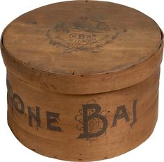 Confezione di Panettone Baj Butcher Block Cutting Board, Coffee Cans, Canning, Home Canning, Conservation