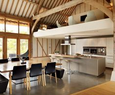 Like - mezzanine eco barn conversion in Vale of the White Horse - bulthaup kitchen White Contemporary Kitchen, Contemporary Barn, Modern Barn, Modern Country, Contemporary Bedroom, Modern Industrial, Country Style, Modern Farmhouse, Küchen Design