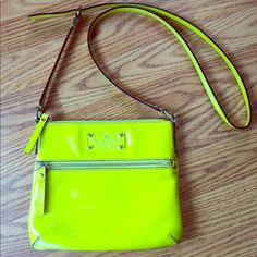 Kate Spade Crossbody Purse!! Beautiful Crossbody purse Kate Spade, neon yellow super cute!! Perfect color for spring/ summer  kate spade Bags Crossbody Bags