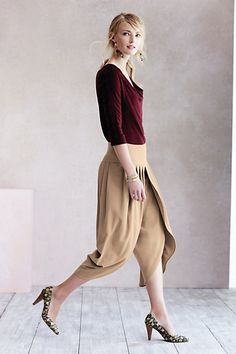 Cropped Tulip Trousers #anthropologie