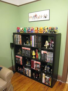 Games comic books and figurines. The perfect nerd station! & 135 best Comic Book Storage Ideas images on Pinterest | Comic book ...