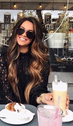 Hair color flamboyage faces 70 Ideas for 2019 hair flamboyage Hair color flamboyage faces 70 Ideas for 2019 Long Curls, Curl Long Hair, Hair Color And Cut, Hair Colour, Long Hair Colors, Hair Color Balayage, Balayage Hair Brunette Long, Bronde Hair, Blonde Brunette