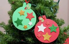 Home Decorating Ideas For Cheap Christmas crafts with children - DIY craft ideas - Christmas crafts - DIY . Foam Christmas Ornaments, Cheap Christmas Crafts, Christmas Decorations For Kids, Christmas Crafts For Toddlers, Simple Christmas, Kids Christmas, Photo Ornaments, Christmas Pictures, Homemade Christmas