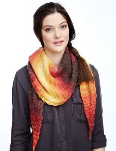 Grand Canyon Sunset Shawl | The soothing colors of this knit shawl will make you swoon.