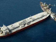 Ege'de İki Kargo Gemisi Çarpıştı
