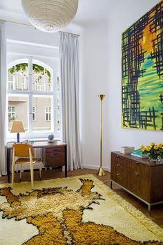 Un appartement à Berlin où domine l'art contemporain © Matthieu Salvaing (AD n°123 avril-mai 2014)