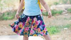 DIY Girls Circle Skirt Sewing Tutorial using Spoonflower Watercolor Fabric Diy Circle Skirt, Circle Skirt Tutorial, Tulle Skirt Tutorial, Circle Skirts, Bow Tutorial, Skater Skirt Pattern, Circle Skirt Pattern, Skirt Pattern Free, Girls Skirt Patterns