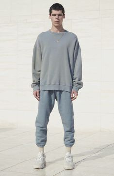 Awesome looking men's outfits 98464 Kanye West Outfits, Kanye West Style, Yeezy Fashion, Mens Fashion, Fashion Trends, Yeezy Outfit, Minimal Fashion, Mens Clothing Styles, Swagg