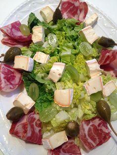 Herbst Salat: entsteht mit Käse und mehr...