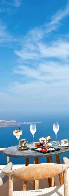 Lunchtime in Imerovigli, Santorini - our honeymoon spot X