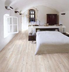Wood look porcelain floor tiles Sydney. Amazing replica of timber in a porcelain floor tile. Kalafrana ceramics Sydney tiles showroom.