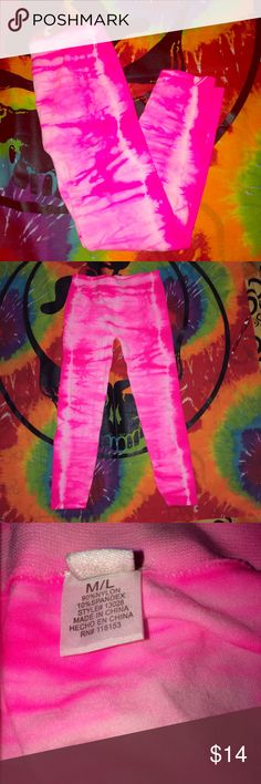 💞SALE💞NWOT hot pink tie dye leggings NWOT hot pink tie dye leggings. super cute and VERY stretchy. so comfy and cute for festivals, parties, etc. brand new condition. no stains or signs of wear. clean and comes from smoke free home. waist measures 11 in. inseam is 20 in. and total length is 29 in. NO TRADES Pants Leggings