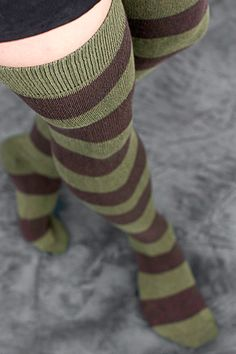 Extraordinary Striped Thigh Highs in olive & dark brown (goes great with my zombie tee shirt :) W here can I find these? Striped Socks, Cute Socks, Comfy Socks, Sexy Socks, Opaque Stockings, Army Colors, Girls Wear, Goth Girls, Socks