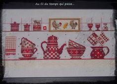 Broderie de cuisine Decoration, Advent Calendar, Holiday Decor, Rose, Dish Towels, Kitchen, Needlepoint, Punto De Cruz, Tejidos